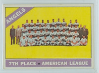 1966 OPC Baseball 131 Angels Team Very Good to Excellent