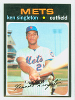 1971 Topps Baseball 16 Ken Singleton ROOKIE New York Mets Near-Mint to Mint