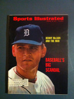 1970 Sports Illustrated Feb 23 Denny McLain and the Mob Excellent to Mint