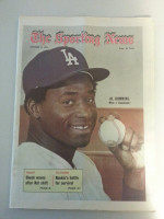 1971 Sporting News October 9 Al Downing Excellent to Mint lt. center fold from mailbox