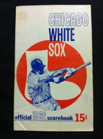 1962 White Sox Game Program vs Tigers (32 pg) Unscored Series Played Aug 17-19 Very Good to Excellent [Lt creasing, minor staining; contents fine]
