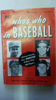 1967 Who's Who in Baseball Frank Robinson, Sandy Koufax, Roberto Clemente Very Good [Sm tear on cover; crease on reverse; date STMP on cover; contents fine]
