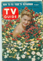 1960 TV Guide Aug 6 Ester Williams Iowa edition Very Good to Excellent - No Mailing Label  [Lt wear on cover, contents fine]