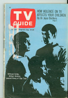 1968 TV Guide Aug 24 Cast of Star Trek Chicago edition Very Good  [Loose at staples, label removed; contents fine]