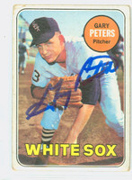 Gary Peters AUTOGRAPH 1969 Topps #34 White Sox CARD IS F/G; SL CREASE, CRN WEAR; AUTO CLEAN