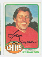 Len Dawson AUTOGRAPH 1976 Topps Football #308 Chiefs HOF '87 CARD IS F/G; CREASES