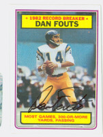 Dan Fouts AUTOGRAPH 1983 Topps Football #3 Record Breaker Chargers HOF '93 CARD IS SHARP NMT  [SKU:FoutD52312_T83RB]