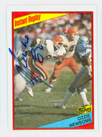 Ozzie Newsome AUTOGRAPH 1984 Topps Football In Action Browns HOF '99   [SKU:NewsO52301_T84IA]