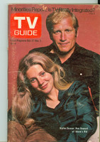 1973 TV Guide Oct 27 Ken Howard and Blythe Danner of Adams Rib Washington-Baltimore edition Very Good to Excellent - No Mailing Label  [Lt wear and scuffing on cover; contents fine]