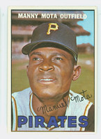 1967 Topps Baseball 66 Manny Mota Pittsburgh Pirates Near-Mint Plus