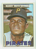 1967 Topps Baseball 66 Manny Mota Pittsburgh Pirates Near-Mint