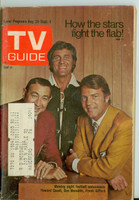 1971 TV Guide August 28 Monday Night Football Philadelphia edition Very Good  [Wear and creasing on covers, contents fine]