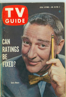 1960 TV Guide Jan 30 Garry Moore Illinois edition Very Good to Excellent - No Mailing Label  [Toning and lt wear on cover, contents fine]
