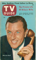 1953 TV Guide Nov 6 Warren Hull of Strike It Rich Illinois edition Very Good  [Wear and lt creasing on cover, contents fine; label stamped on reverse]