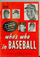 1966 Who's Who in Baseball Koufax, Mays, Versalles (Back Cover: Roberto Clemente photo) Excellent to Mint [lt wear on cover, ow clean]