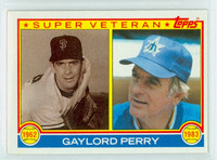 1983 Topps Baseball 464 Gaylord Perry Super Vet Seattle Mariners Near-Mint to Mint