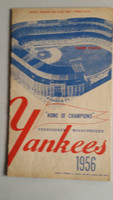 1956 Yankees Program vs White Sox (24 pg) Scored Aug 25 Ford vs Donovan (Chi 4-2, HR Mantle #44 Season) Very Good to Excellent [Non detailed scoring, lt wear, overall clean]