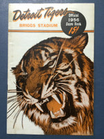 1956 Tigers Program vs Indians (24 pg) Scored July 4 - Foytack vs Score (Cle 6-4, HR Wertz #18) Very Good to Excellent [Sl vert compact crease, toning on cover, contents very clean]