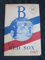 1945 Red Sox Program vs White Sox (16 pg) Unscored Very Good to Excellent [Binding strong, pages clean; minor paper loss along edges]