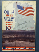 1945 Tigers Scorecard vs Senators (8 pg) Scored 4 1/2 INN June 27 - Trout vs Leonard (WAS 9-1, HR Trout) Very Good [Game notes in pencil on cover plus stray pencil doodlings; non detailed scoring]