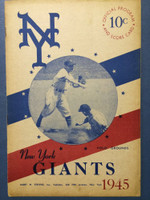 1945 Giants vs Phillies (16 pg) Unscored Excellent [Sl toning, lt chipping on binding, very clean]