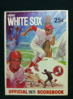 1971 White Sox Game Program vs Twins (36 pg) Unscored Series Played Apr 8-11 Excellent [Lt wear and creasing on both covers; sl moisture, contents fine]