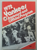 1972 Yankees Program vs Royals (28 pg) Scored DH Aug 27 Stottlemyre vs Dal Canton, Peterson vs Hedlund (Yankees sweep) Very Good [Heavy wear, lt creasing toning on covers; both games scored]