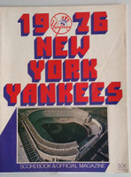1976 Yankees Program vs Brewers (70 pg) Unscored w/Lineups WRT in Pencil Excellent [Lt crease on cover, w/Ticket Stub and NYT orig recap]