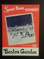 1958 NHL Boston Bruins Game Program vs Maple Leafs November 16 Nov 16 1958 Excellent [[3 Hole Punches on left side, contents fine]]