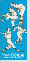 1969 Braves Media Guide (46 pages) Excellent [Lt creasing on cover, contents very clean]