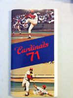 1971 St Louis Cardinals Media Guide (104 pg) - Loaded with team information (from the Red Schoendienst collection) Near-Mint