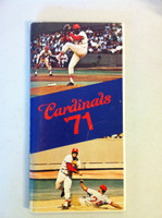 1971 St Louis Cardinals Media Guide (104 pg) - Loaded with team information (from the Red Schoendienst collection) Excellent