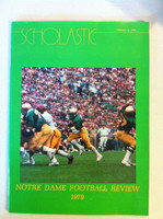 1979 Notre Dame Football Review (48 pages - fetaures and highlights of the school's 1979 football season) (from the Red Schoendienst collection) Excellent [Sl curl along top edge, name sticker on cover; ow clean]