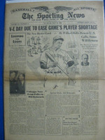 1945 Sporting News May 10 New York Giants / Tommy Holmes : sl discoloration on cover fold, otherwise sharp Good to Very Good