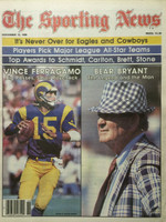 1980 The Sporting News November 15 Bear Bryant (Alabama) and Vince Ferragamo (Rams) Near-Mint