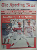 1981 The Sporting News August 29 Cincinnati Reds - Tom Seaver, Johnny Bench on cover Near-Mint