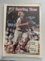 1970 Sporting News April 18 Johnny Bench Reds Excellent [Fraying on top edge, ow clean]
