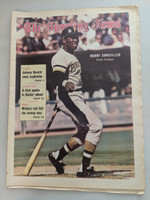 1971 Sporting News May 1 Manny Sanguillen Pirates Excellent [Fraying on bottom edge, ow clean]