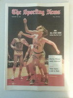 1971 Sporting News January 23 Dan Issel Excellent to Mint [lt. center fold from mailbox]