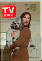 1970 TV Guide Sep 19 Mary Tyler Moore Show (First Cover) Minnesota State edition Very Good - No Mailing Label  [Lt wear on cover, scuffing on cover; contents fine]