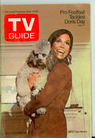 1970 TV Guide Sep 19 Mary Tyler Moore Show (First Cover) Oregon State edition Very Good - No Mailing Label  [Wear and discoloration on cover, contents fine]
