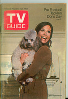 1970 TV Guide Sep 19 Mary Tyler Moore Show (First Cover) Kentucky edition Very Good to Excellent - No Mailing Label  [Lt wear and sl discoloration on cover, contents fine]
