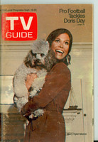 1970 TV Guide Sep 19 Mary Tyler Moore Show (First Cover) Eastern Washington edition Very Good to Excellent - No Mailing Label  [Lt wear and sl discoloration on cover, contents fine]