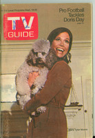1970 TV Guide Sep 19 Mary Tyler Moore Show (First Cover) North Carolina edition Very Good to Excellent - No Mailing Label  [Sl loose at staples, scuffing and creasing on cover; contents fine]