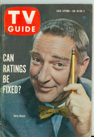 1960 TV Guide Jan 30 Garry Moore Minnesota State edition Very Good to Excellent - No Mailing Label  [Lt wear and minor creasing on cover; contents fine]