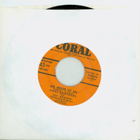 No Moon At All | Do Nothin' Till You Hear From Me - Ames Brothers And Les Brown And His Band Of Renown (Coral Records 1952) Near-Mint (7 out of 10) - Vintage 45 RPM Vinyl Record Near-Mint[Lt wear on record, ow clean]