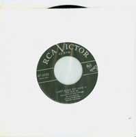 I Can't Believe That You're In Love With Me | Boogie Woogie Maxixe - The Ames Brothers (RCA Victor Records 1953) Near-Mint (7 out of 10) - Vintage 45 RPM Vinyl Record Near-Mint[Lt wear on record, ow clean]
