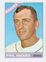 1966 Topps Baseball 28 Phil Niekro  [SKU:Y66_T66BB_028a_5exprs]  Atlanta Braves Excellent to Excellent Plus