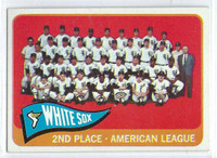 1965 Topps Baseball 234 White Sox Team  [SKU:Y65_T65BB_234a_5exrs]  Excellent