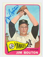 Jim Bouton AUTOGRAPH 1965 Topps #30 Yankees CARD IS CLEAN VG/EX